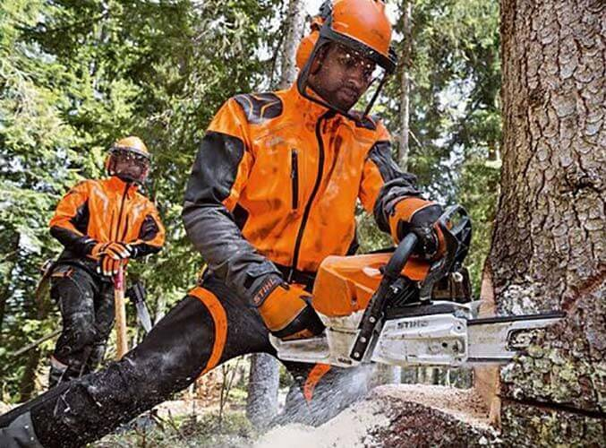 Operate and maintain chainsaws PPE